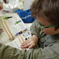 zajęcia angielskiego dla dzieci z książką w baby english center